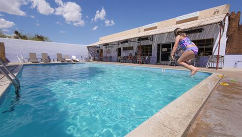 29 Palms Inn Pool
